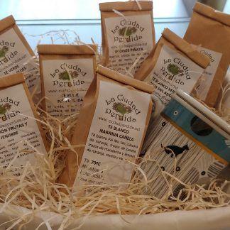 Comprar cesta personalizada de regalo en Oviedo